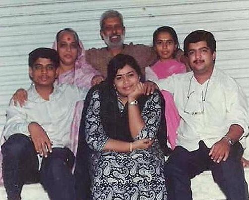bakuls family photo